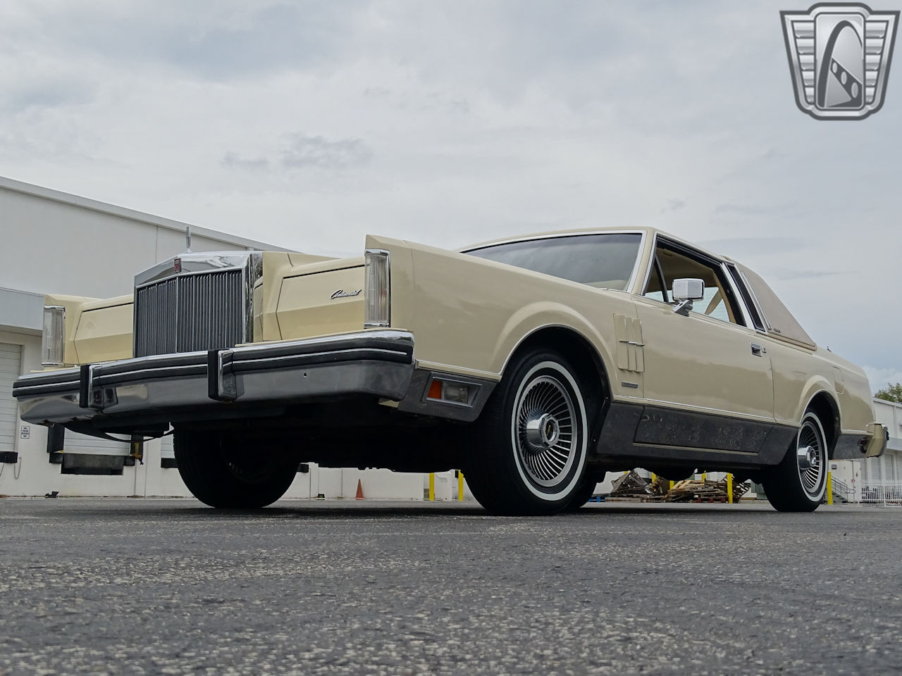 1983 Lincoln Continental 24