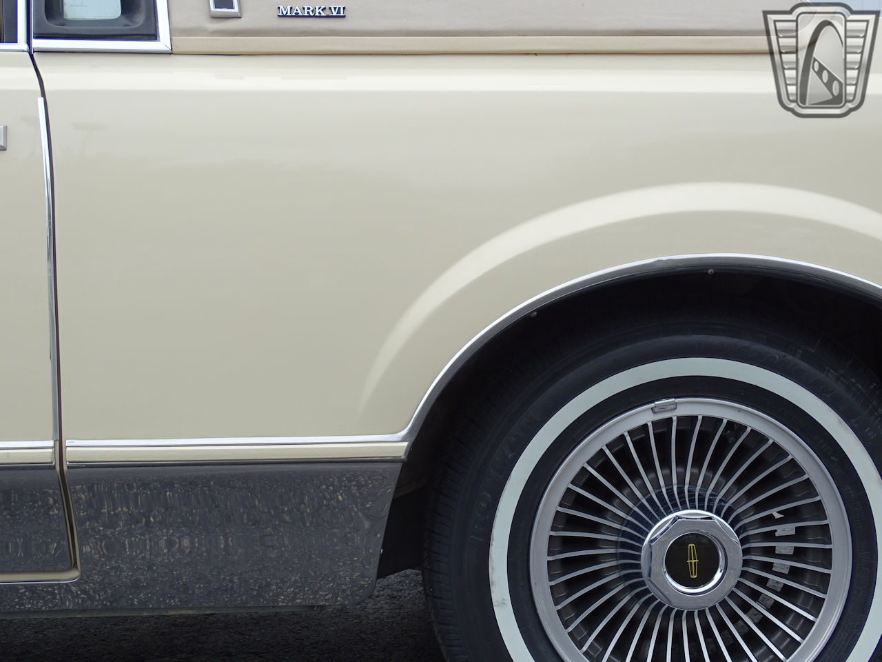 1983 Lincoln Continental 25
