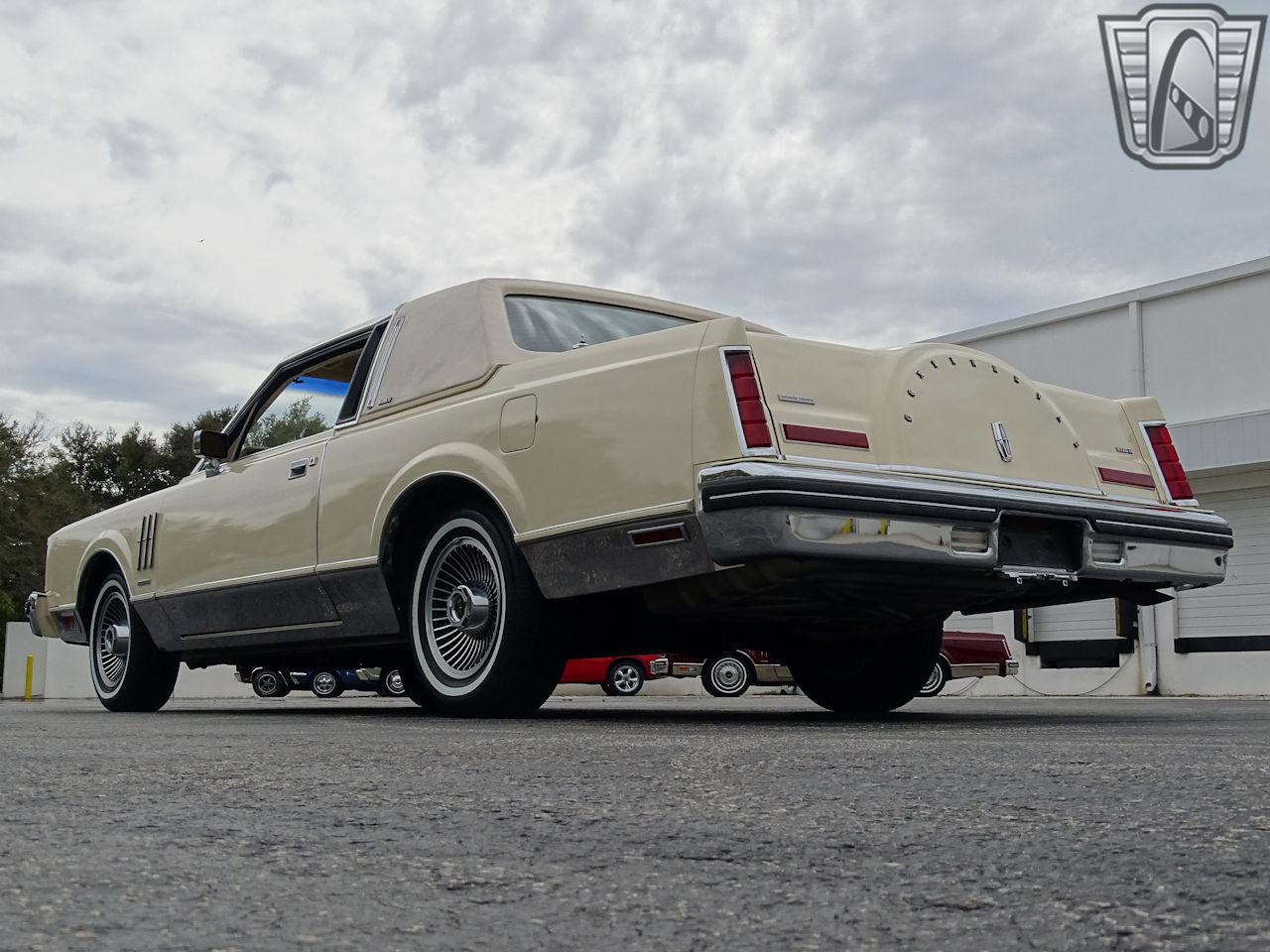 1983 Lincoln Continental 48