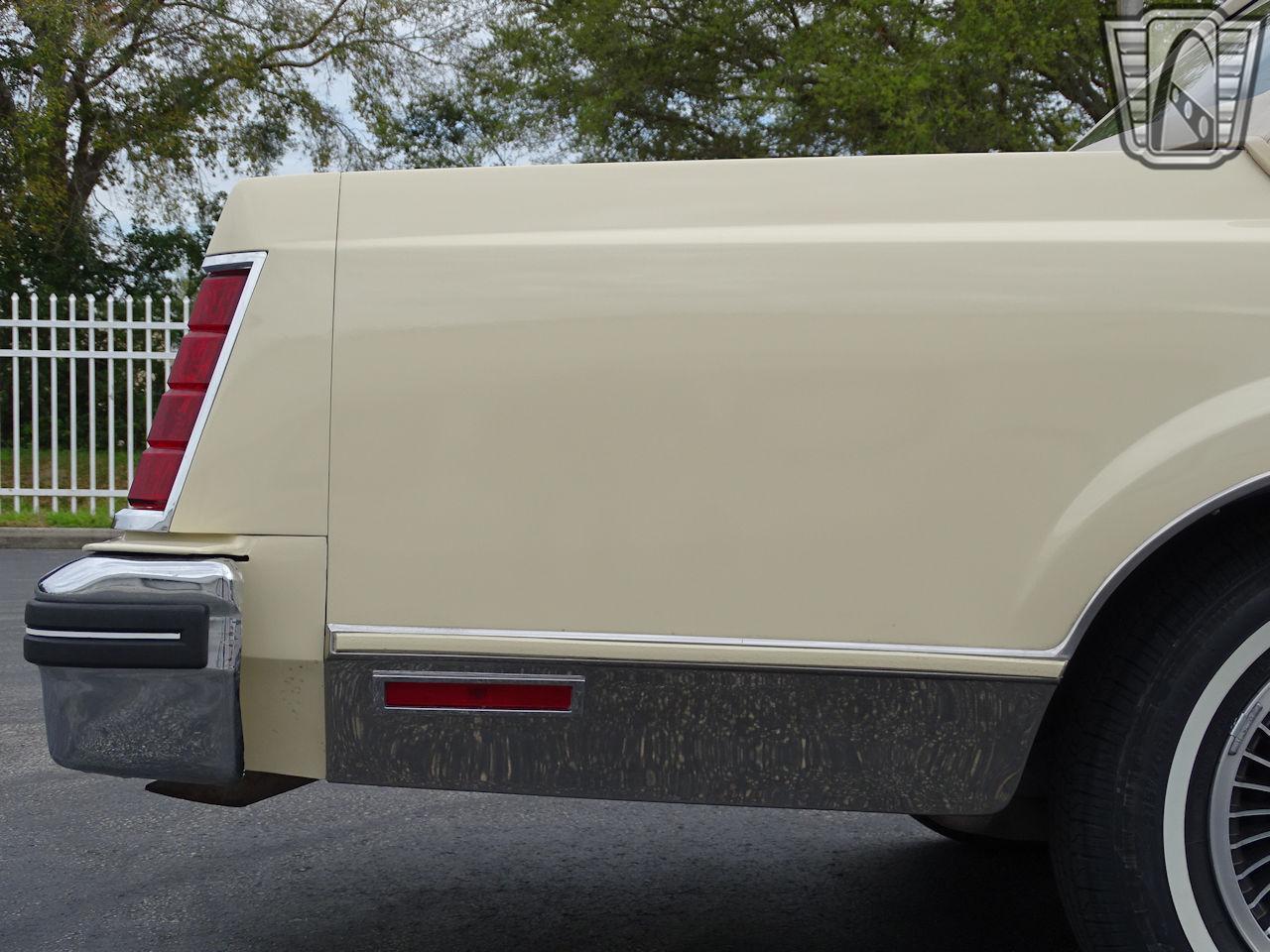 1983 Lincoln Continental 49