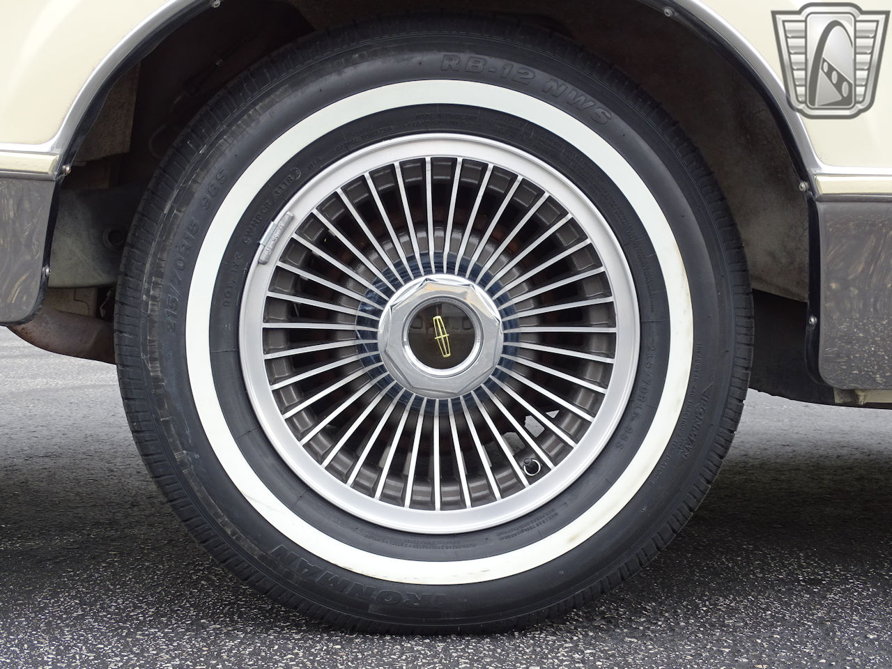 1983 Lincoln Continental 53