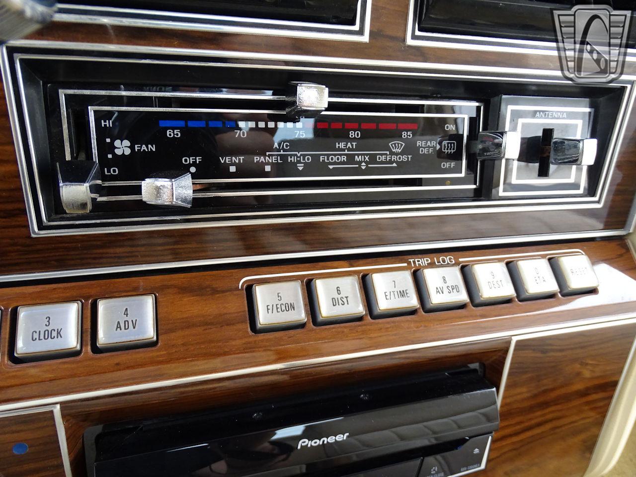 1983 Lincoln Continental 55