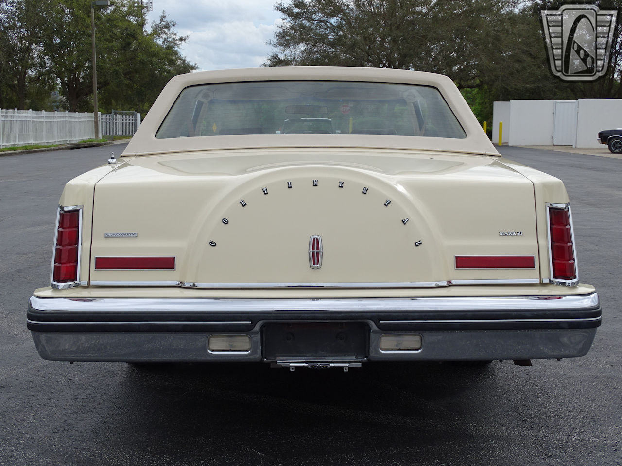 1983 Lincoln Continental 56