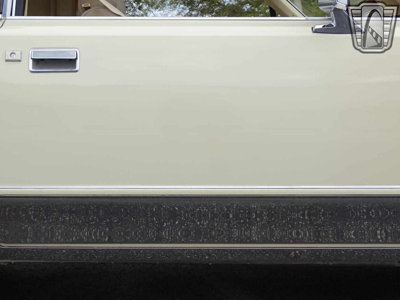 1983 Lincoln Continental 61