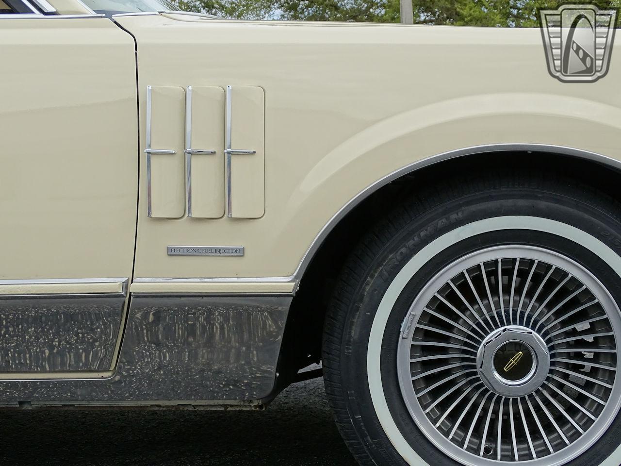 1983 Lincoln Continental 65