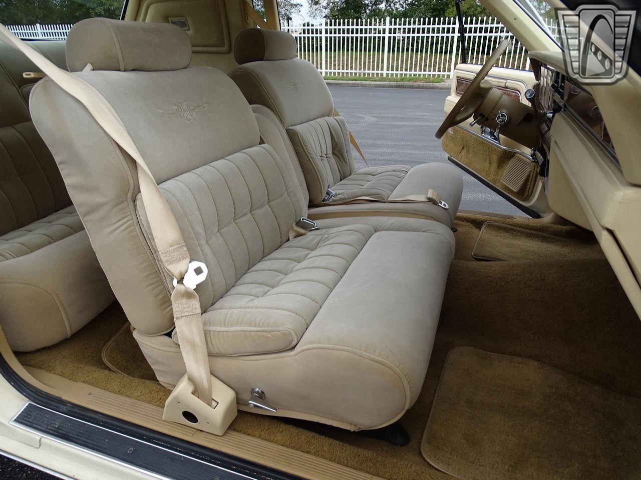 1983 Lincoln Continental 71