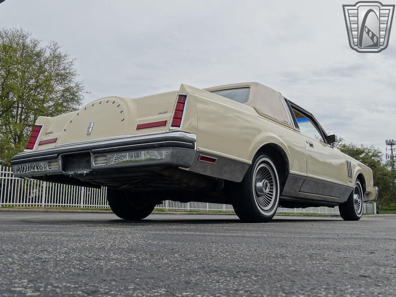 1983 Lincoln Continental 72