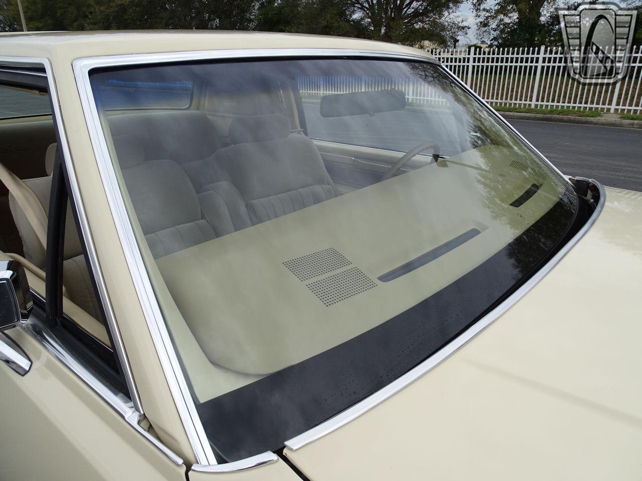 1983 Lincoln Continental 81