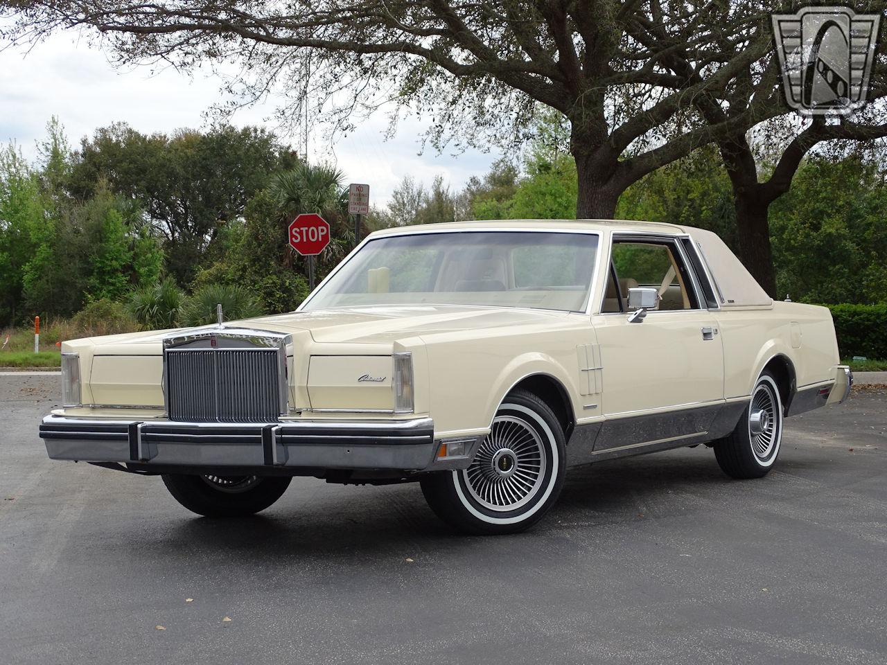 1983 Lincoln Continental 82