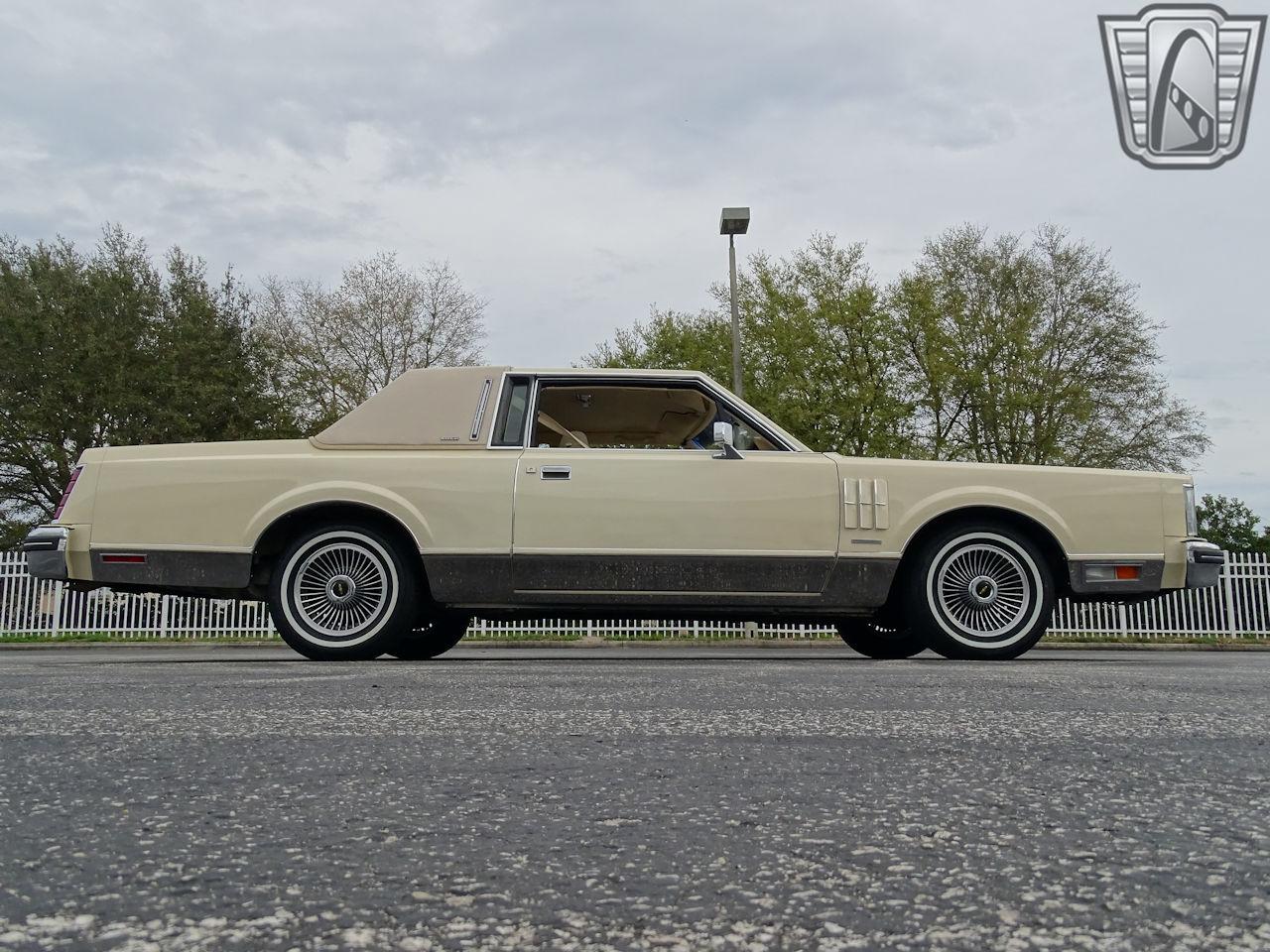 1983 Lincoln Continental 84
