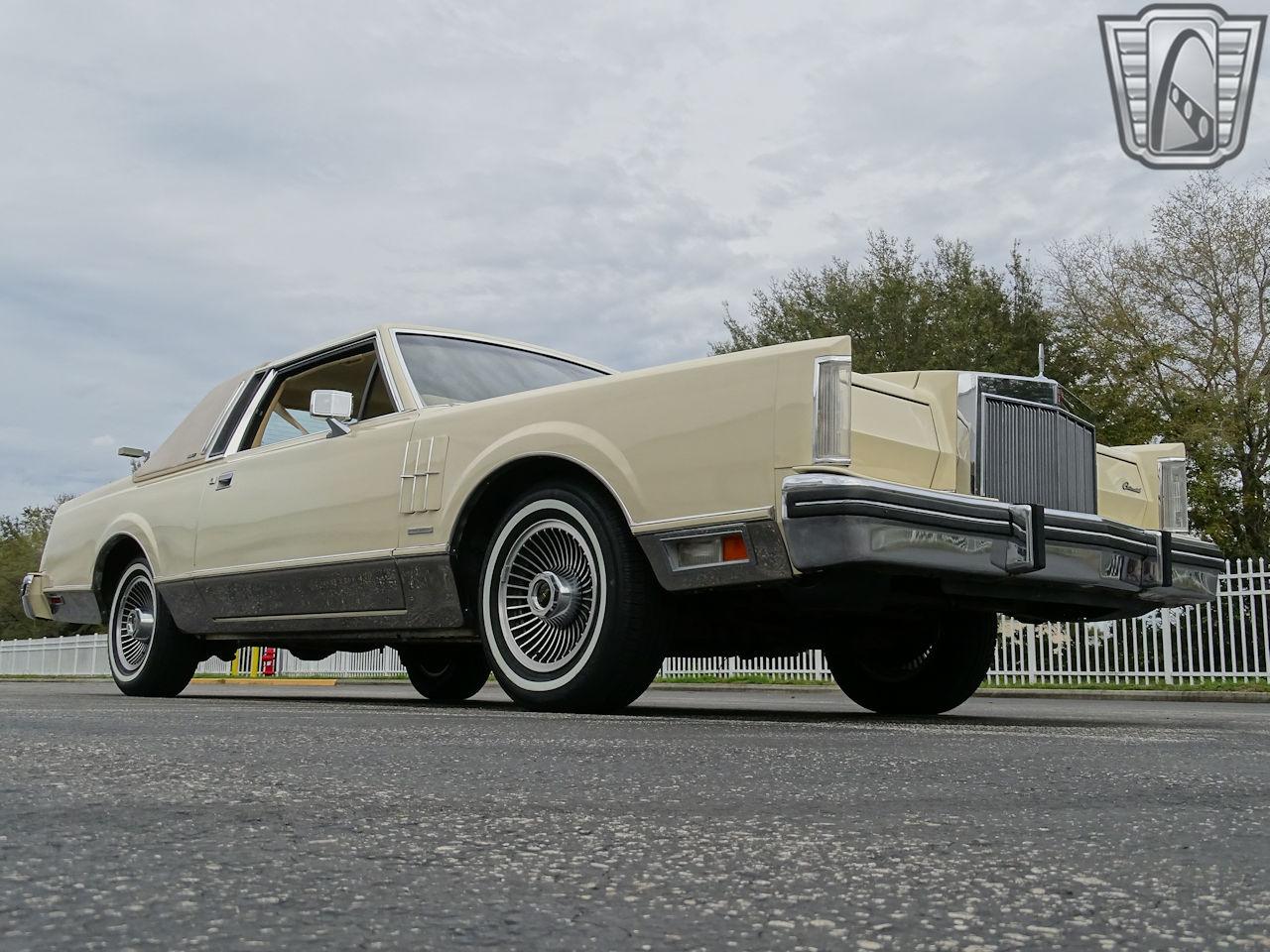 1983 Lincoln Continental 96