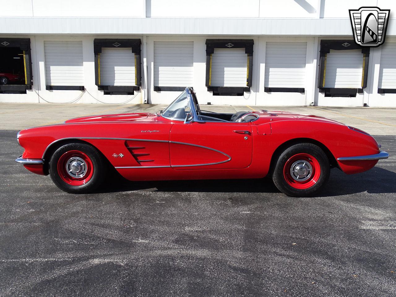 1960 Chevrolet Corvette 12