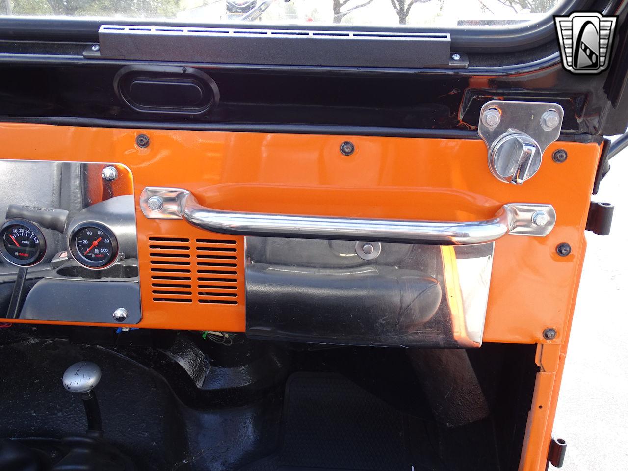 1976 Jeep CJ5 2