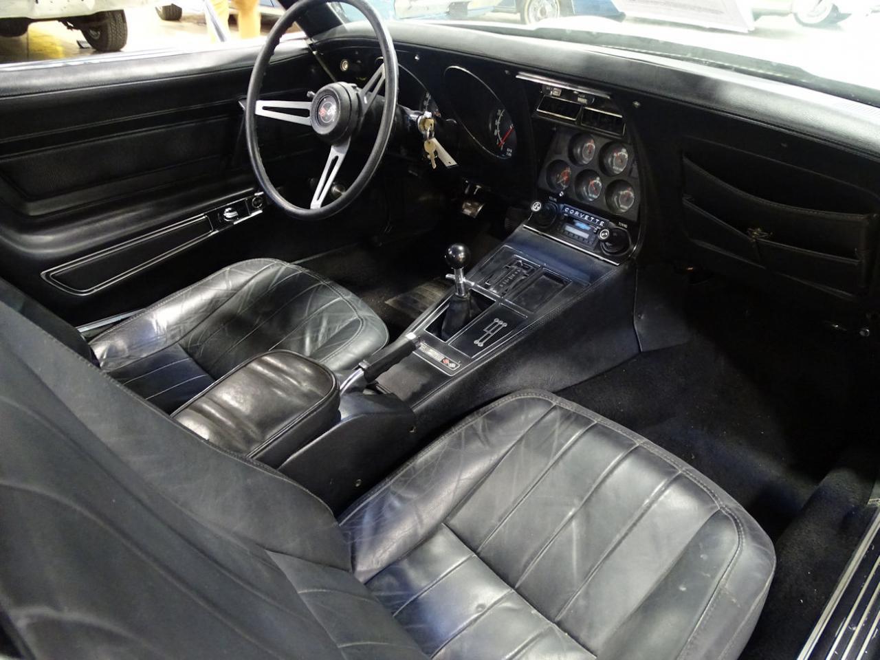 1974 Chevrolet Corvette 9