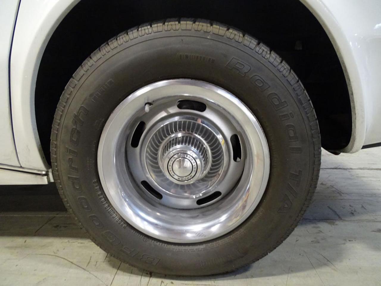 1974 Chevrolet Corvette 27