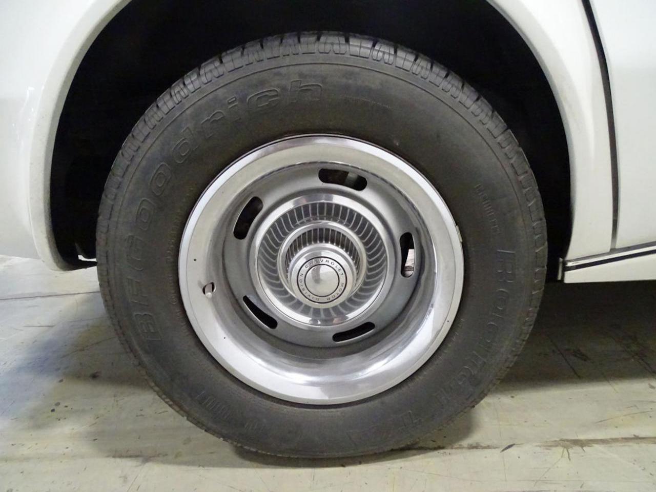 1974 Chevrolet Corvette 31