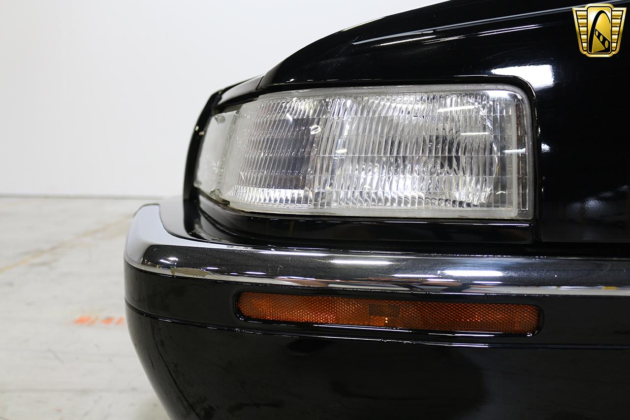 1997 Cadillac Eldorado 29