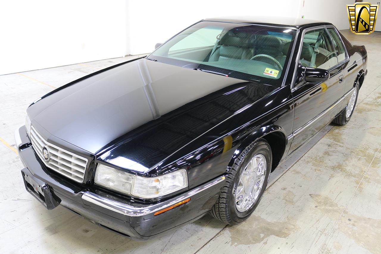 1997 Cadillac Eldorado 34