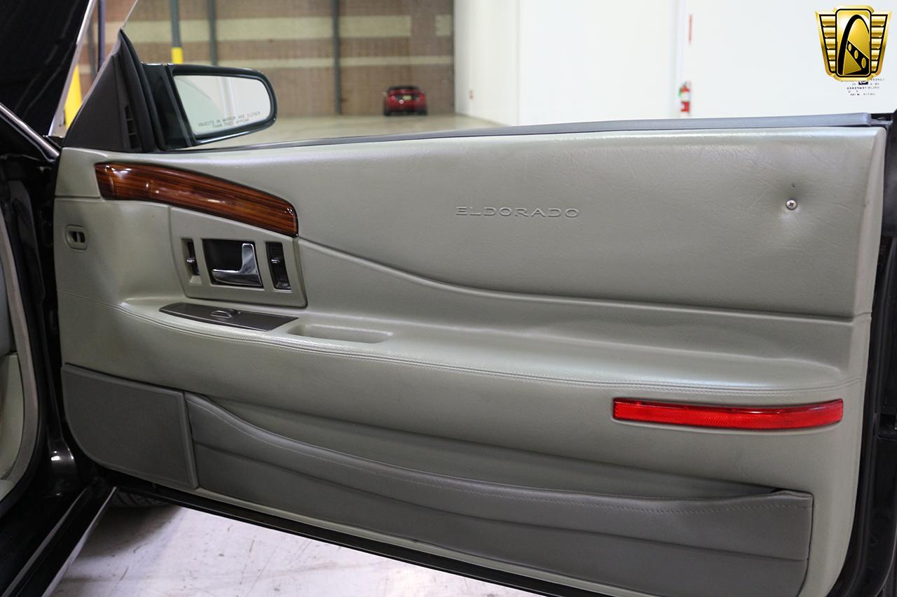 1997 Cadillac Eldorado 36