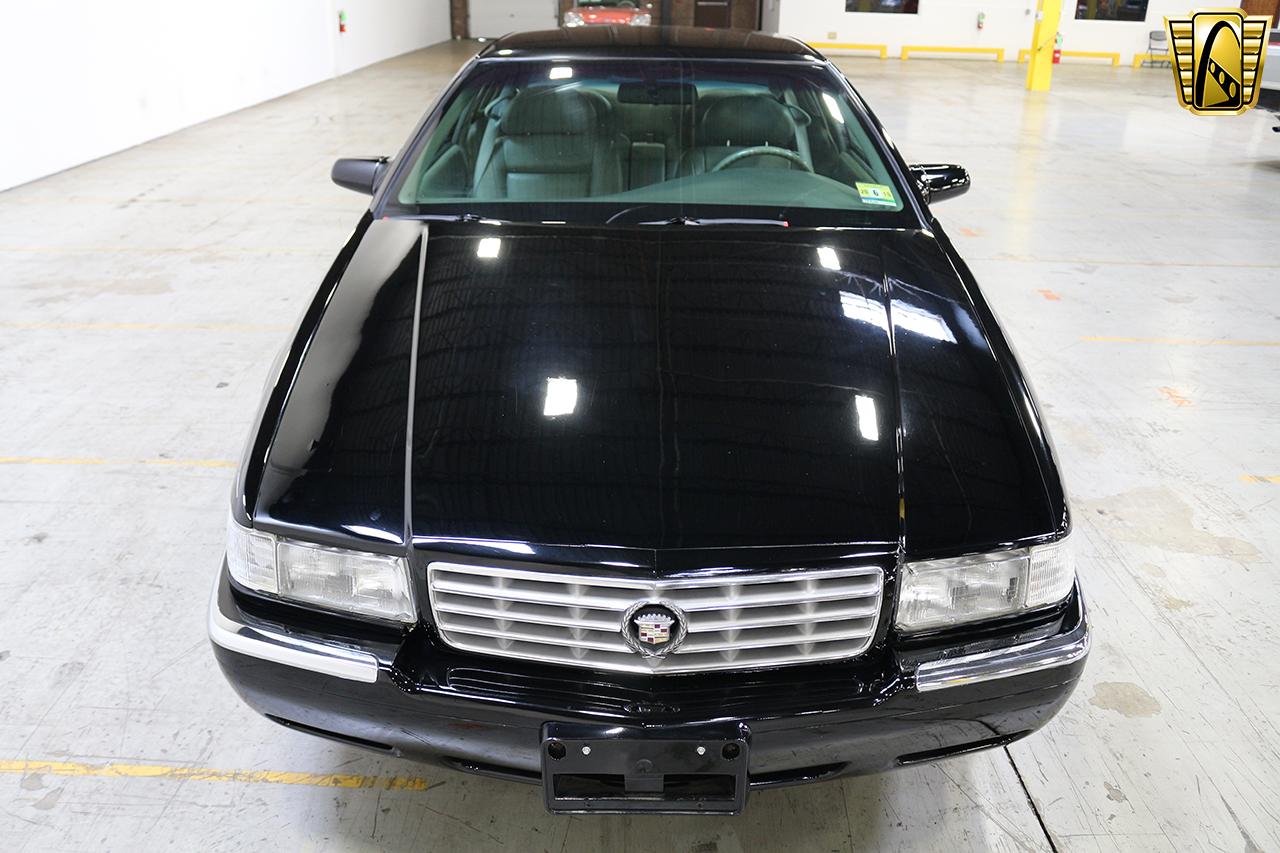 1997 Cadillac Eldorado 38