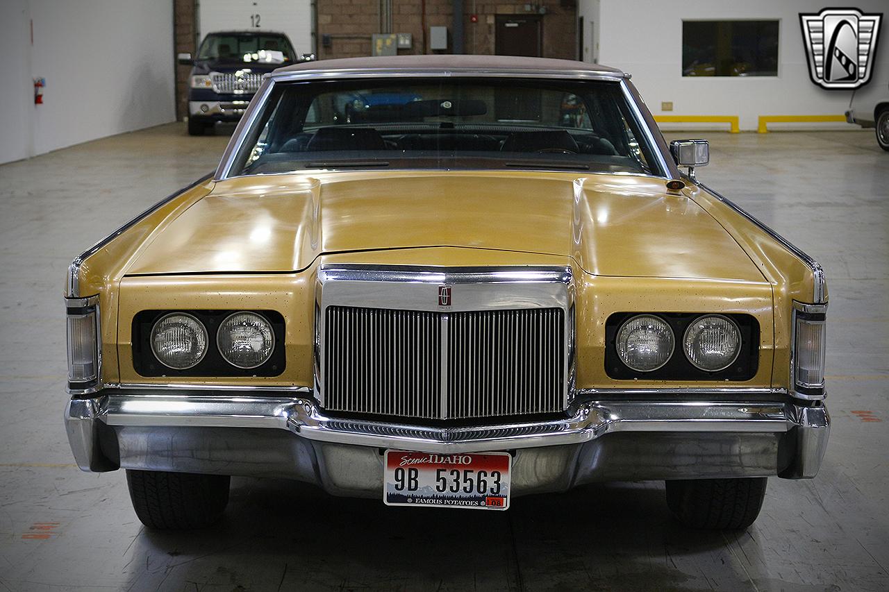 1971 Lincoln Continental 2