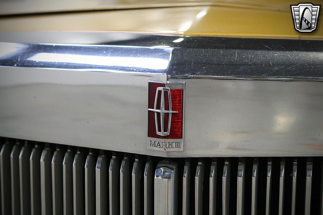 1971 Lincoln Continental 4