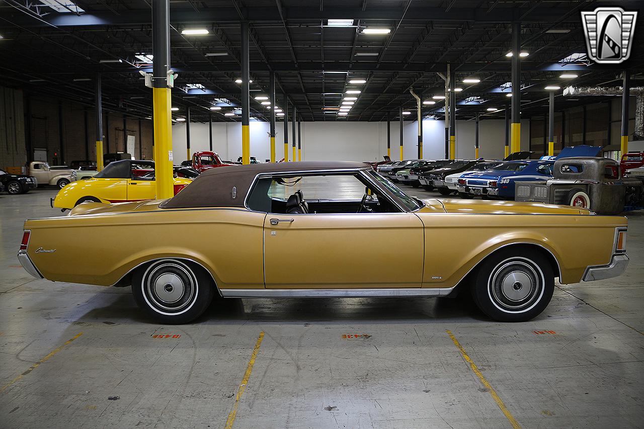 1971 Lincoln Continental 6