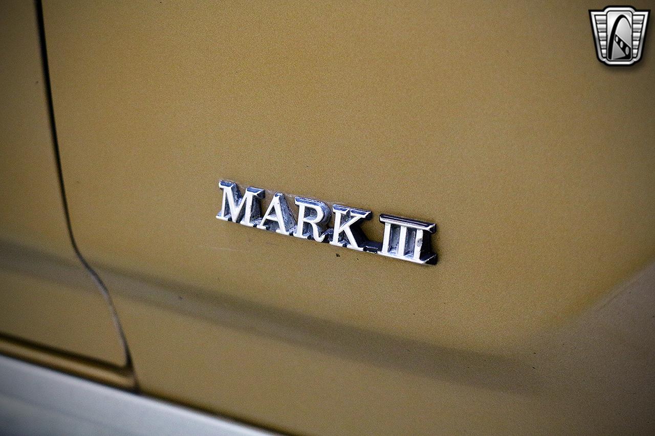 1971 Lincoln Continental 10