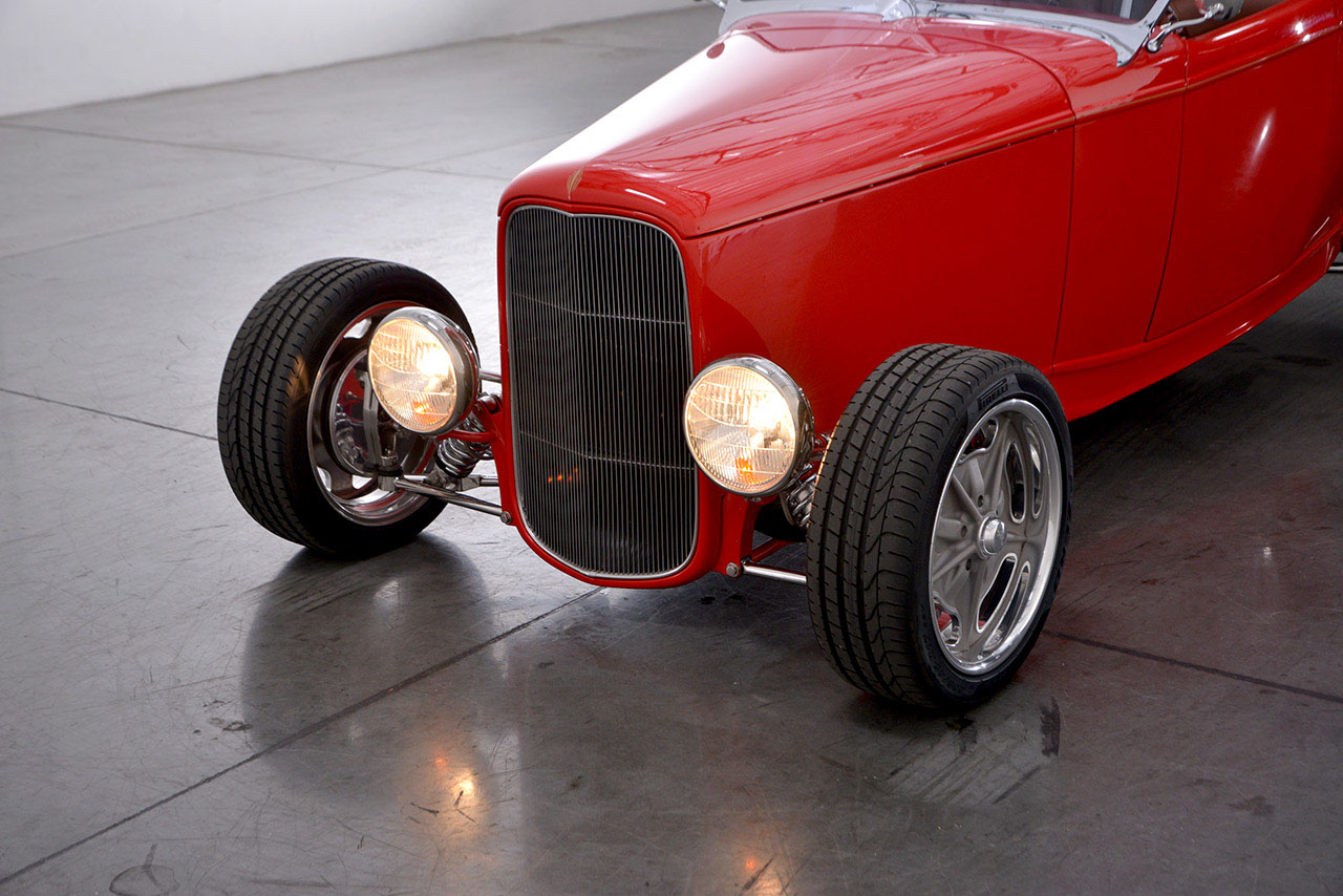 1932 Ford Roadster 13