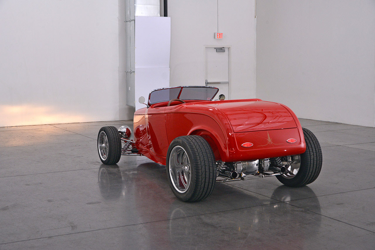 1932 Ford Roadster 18