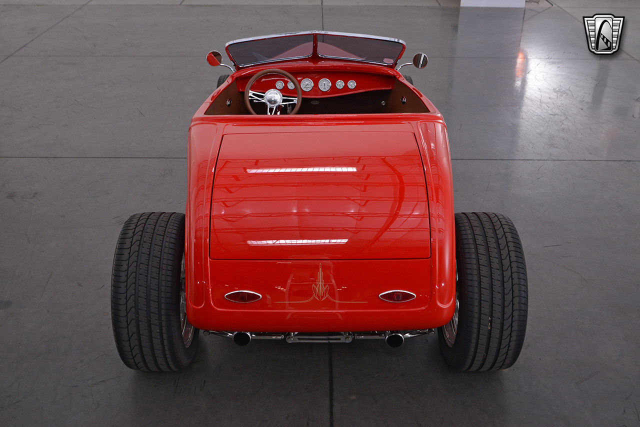 1932 Ford Roadster 21