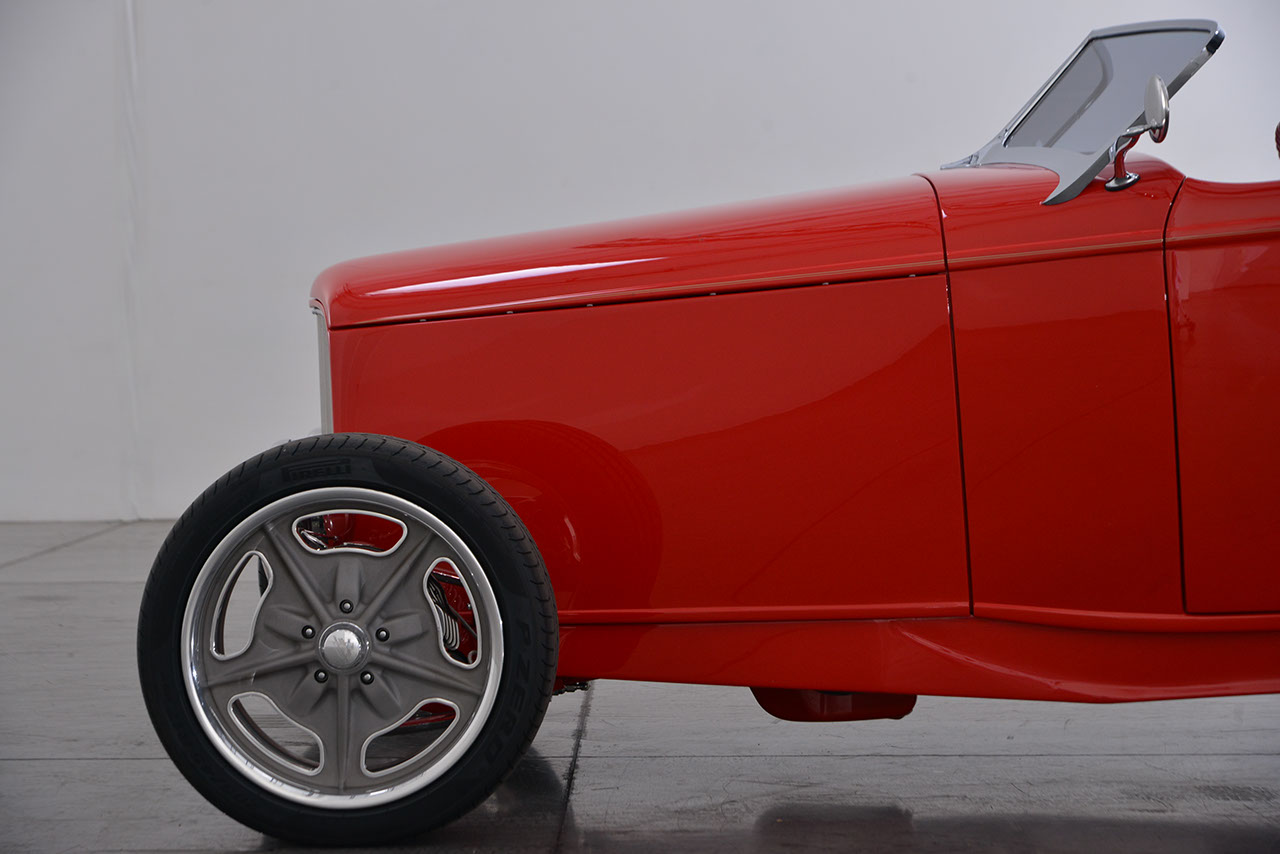 1932 Ford Roadster 22