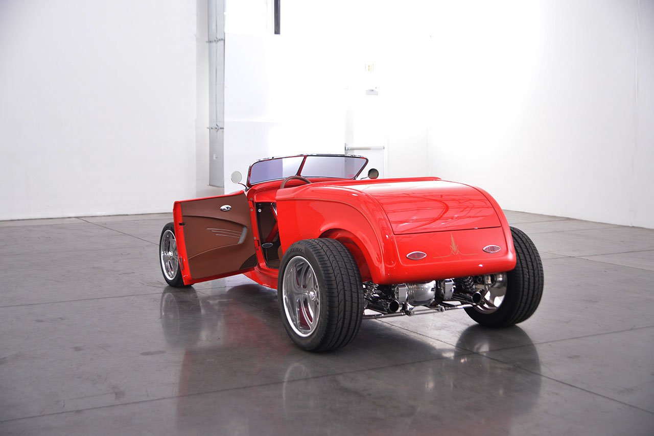 1932 Ford Roadster 23