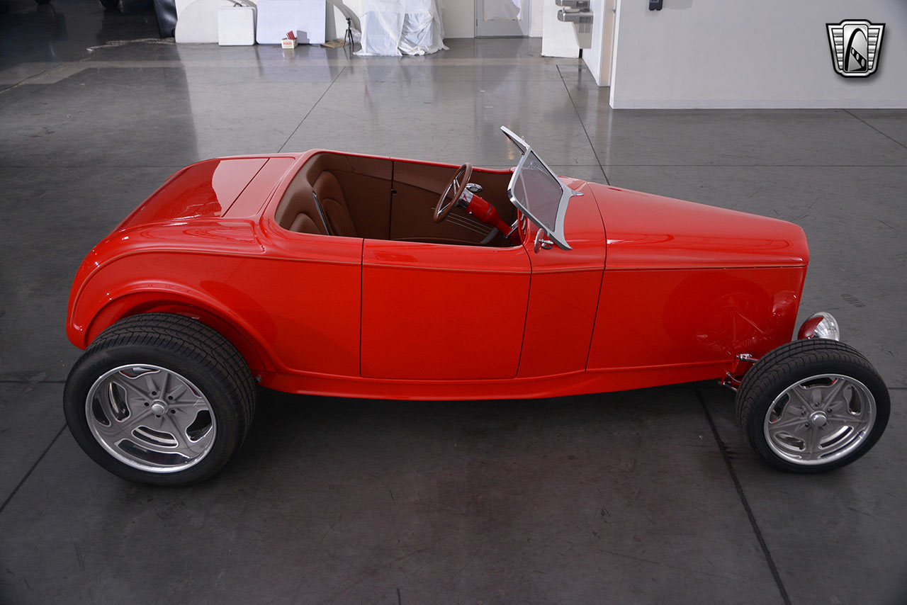 1932 Ford Roadster 31