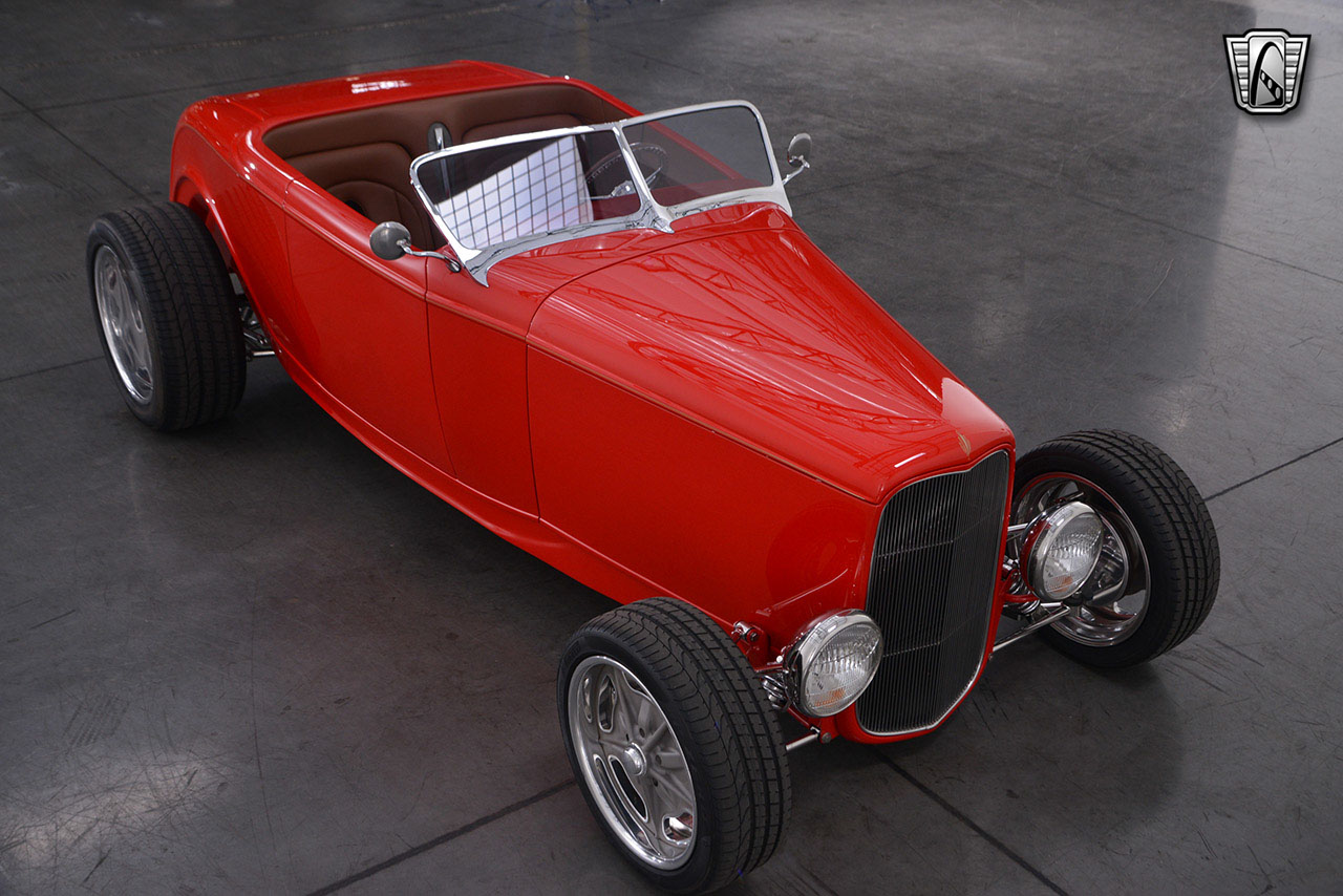 1932 Ford Roadster 36