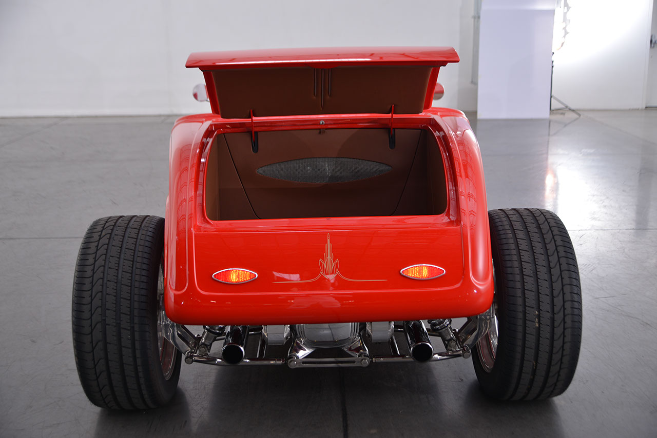 1932 Ford Roadster 39