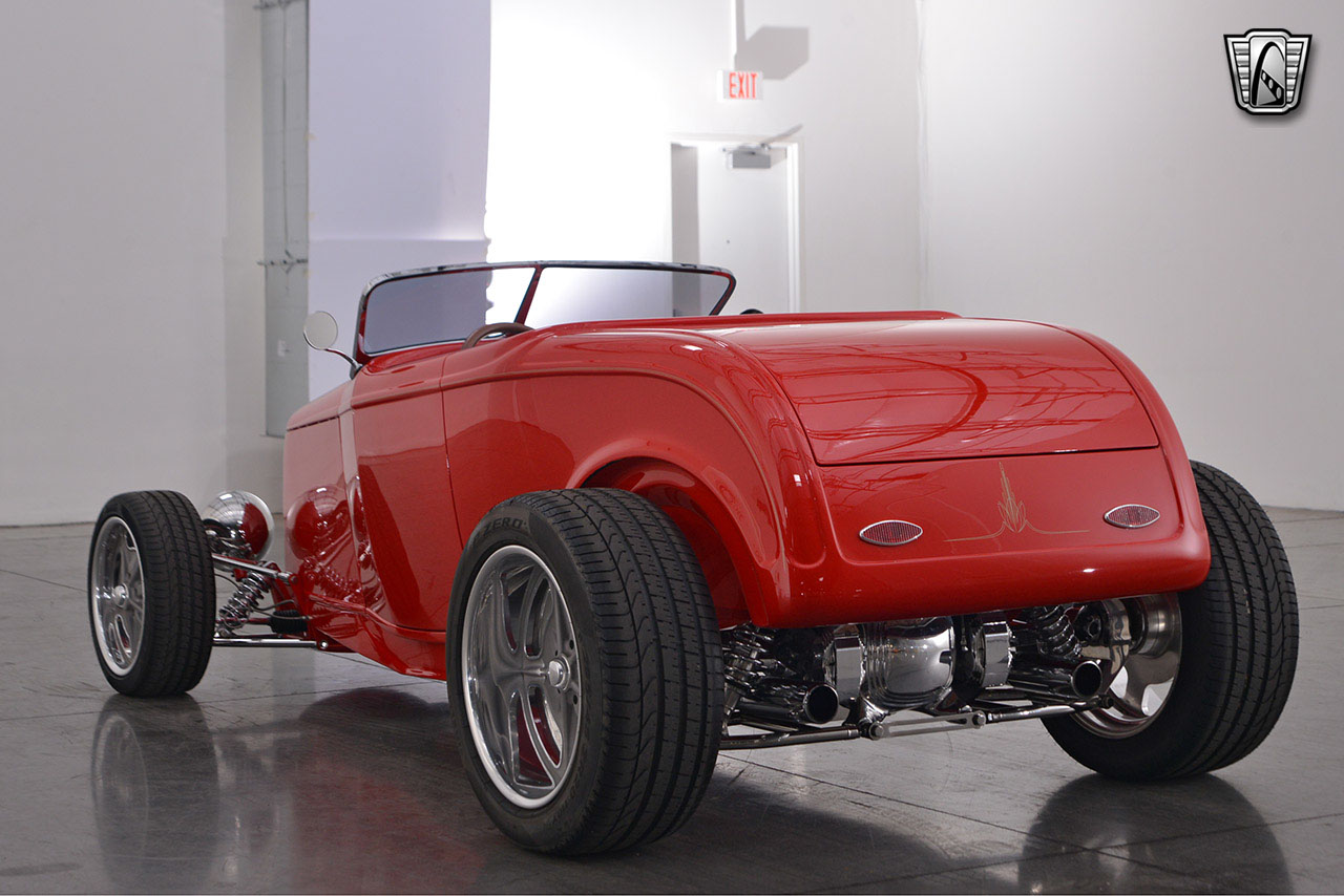 1932 Ford Roadster 52