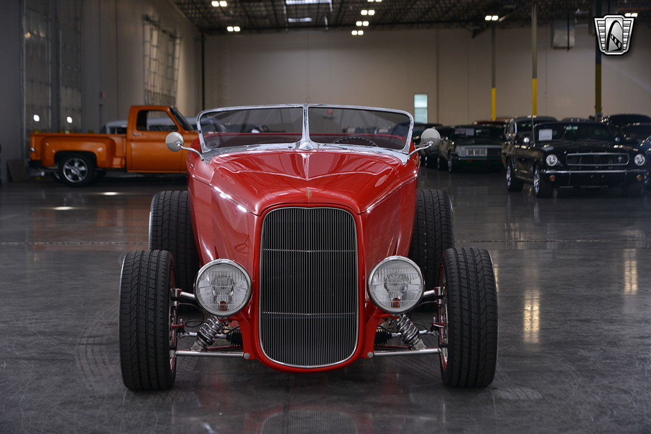 1932 Ford Roadster 72