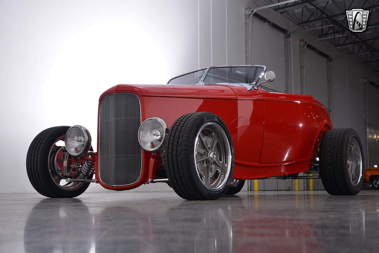 1932 Ford Roadster 76