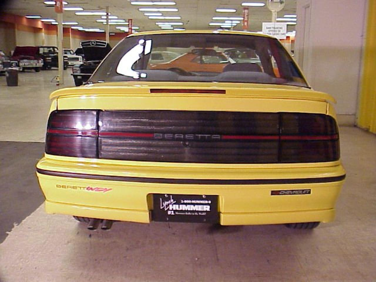 xcellent original 1990 indy pace car replica with all indy markings  #A58426