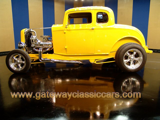 1932 Ford 5 Window Coupe - Stock #4634-STL