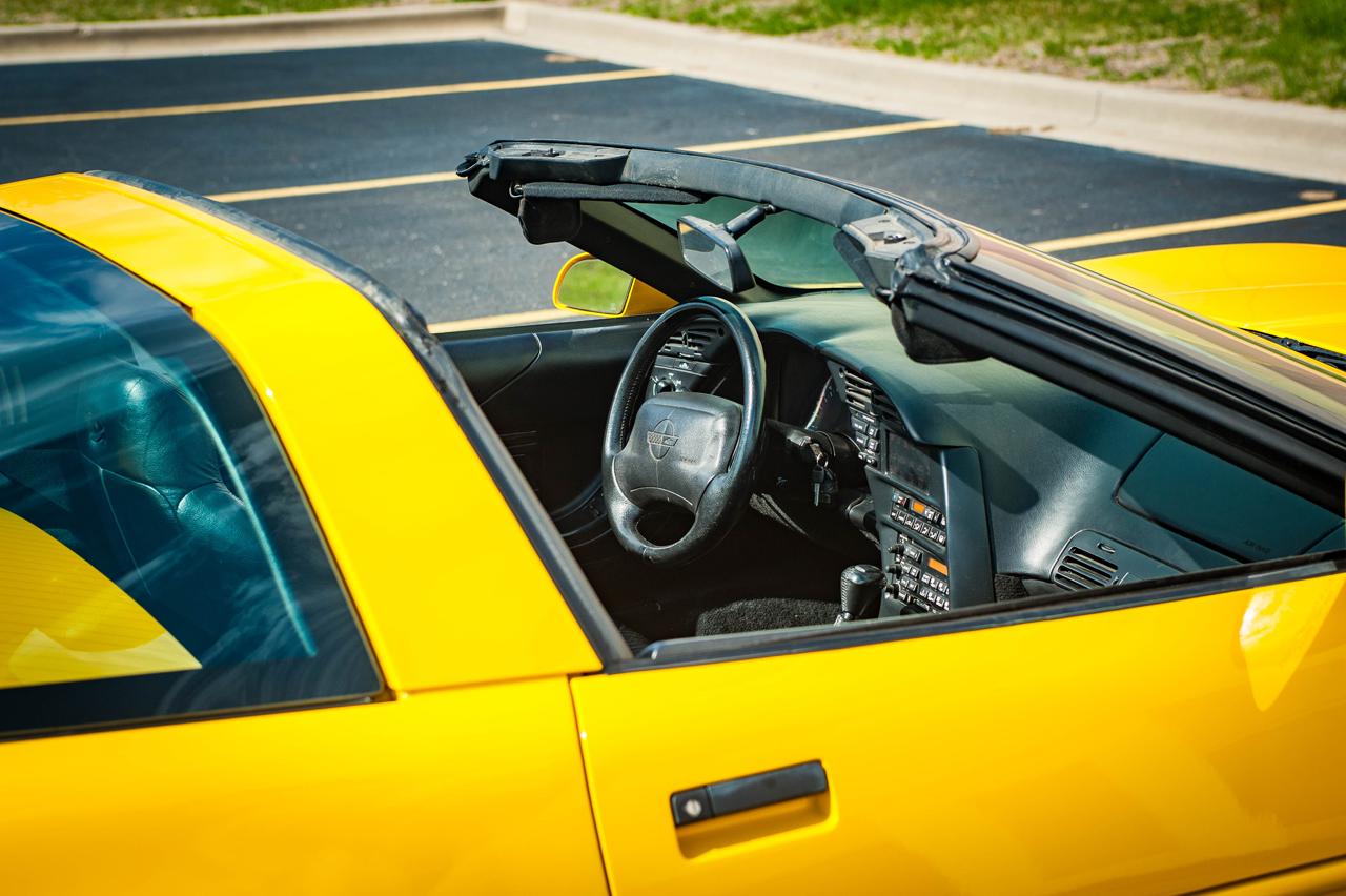 1995 Chevrolet Corvette 24