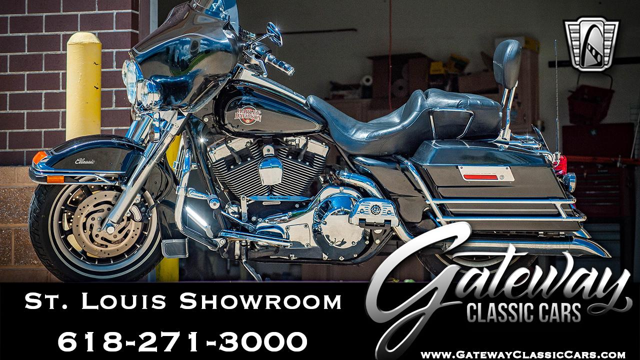 2004 Harley Davidson FLHTCI
