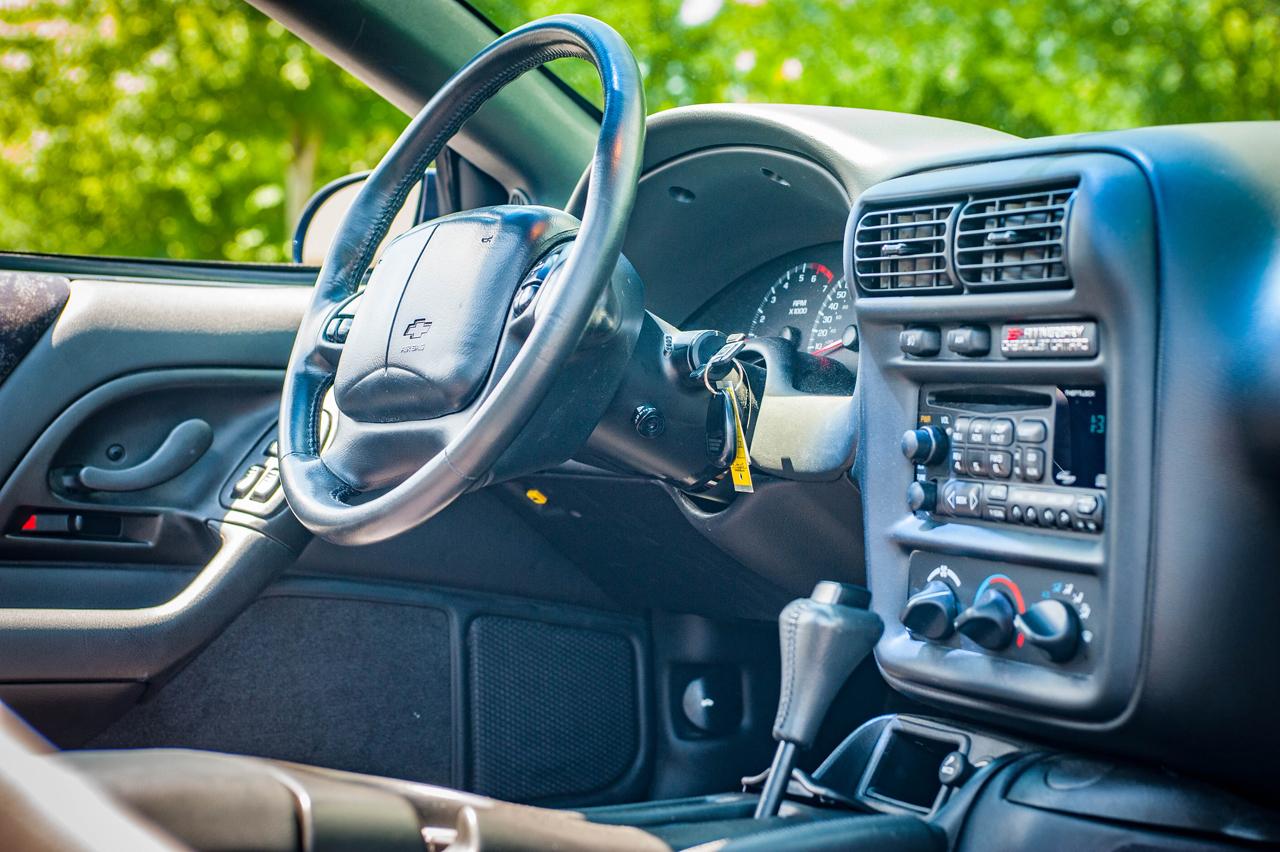 2002 Chevrolet Camaro 79