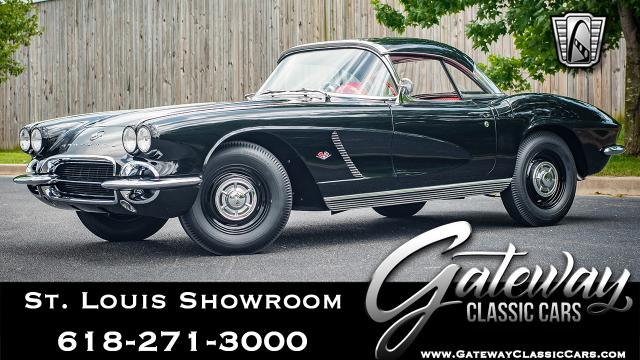 1962 Chevrolet Corvette<br><span style='font-size: large; font-style: italic'><b>  </b></span>