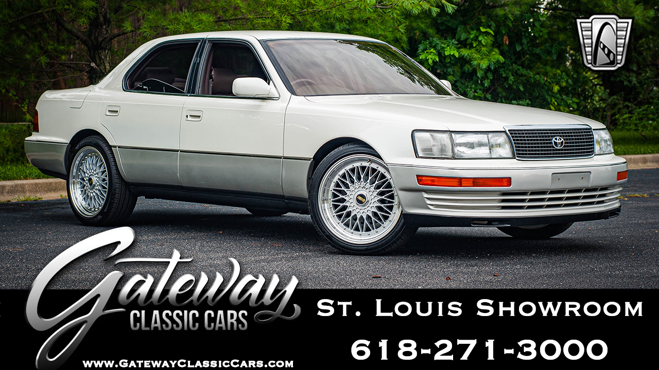 https://images.gatewayclassiccars.com/carpics/STL/8196/8196.jpg