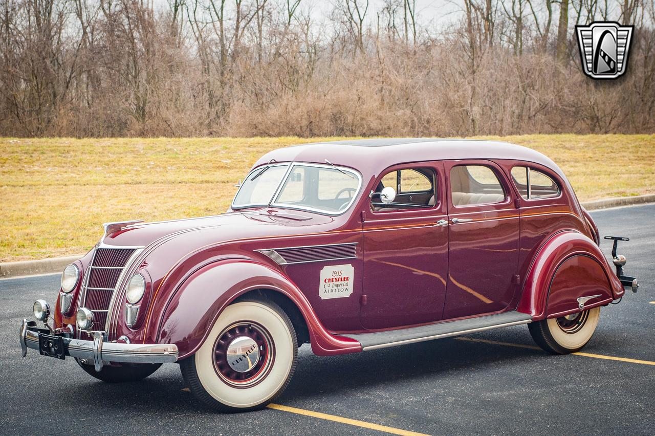 1935 Chrysler Imperial 1