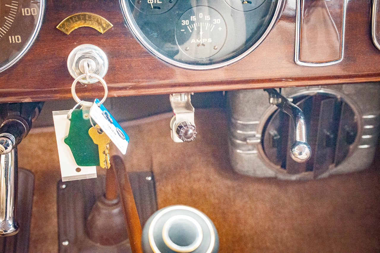 1935 Chrysler Imperial 66