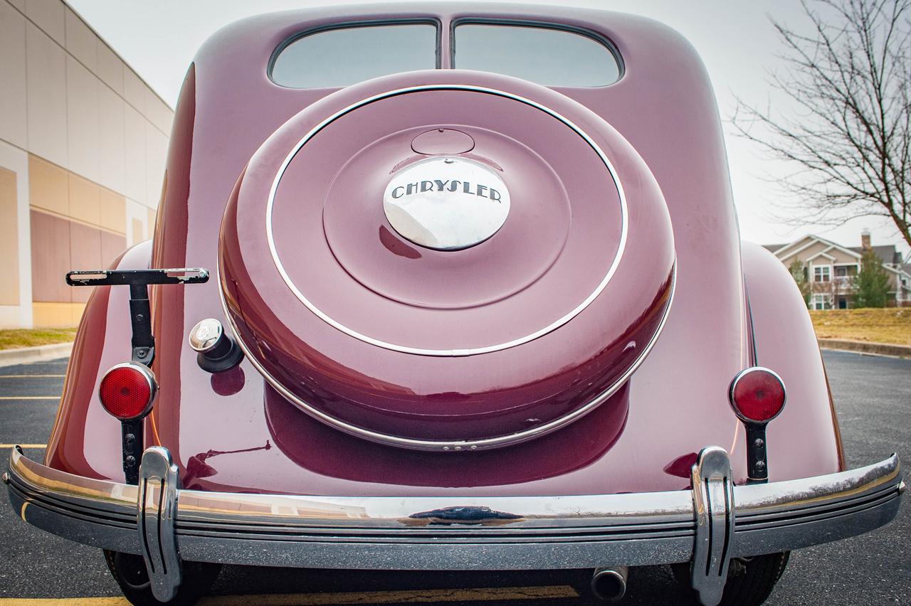 1935 Chrysler Imperial 44