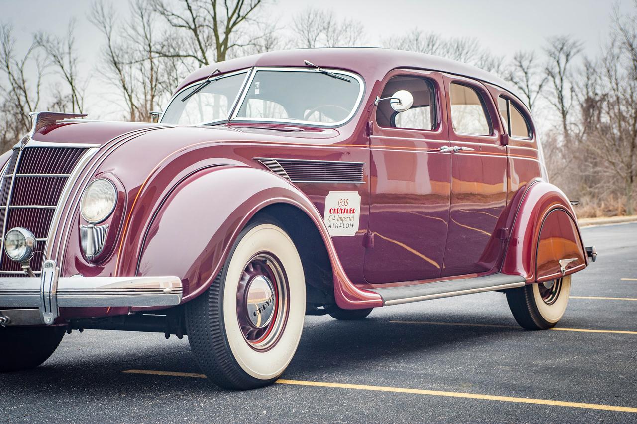 1935 Chrysler Imperial 82